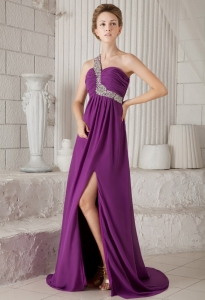 One Shoulder Purple Prom / Evening Dress Watteau Train Beading