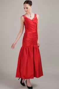 Tea-length Taffeta Mermaid Prom Dress Red Sheath V-neck