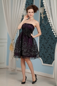 Strapless Knee-length Black Prom Dress Organza Embroidery