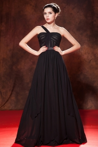 Black Empire One Shoulder Prom Dress Chiffon Ruch