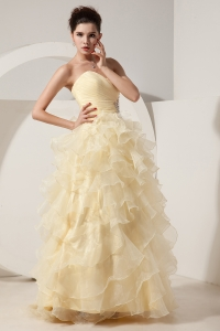 Beading Light Yellow Prom Dress Ruch Organza Ruffles