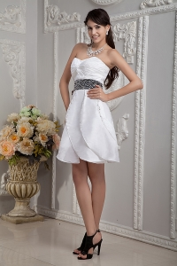 Sweetheart Mini-length Taffeta Beading White Prom Dress