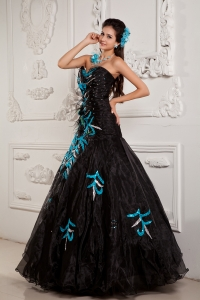 Black Prom Dress Sweetheart Chiffon Beading and Appliques