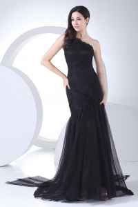 Appliques and Ruching One Shoulder Black Prom Dress