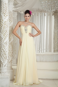Beading Sweetheart Brush Train Chiffon Prom Dress