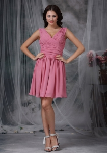 Dama Dresses for Quinceanera Roes Pink V-neck Ruching