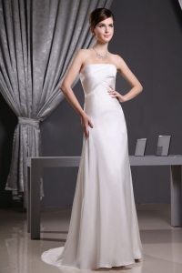 Elegant Ruching Wedding Dress With Strapless Brush Train