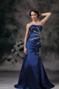 Appliques Navy Blue Mermaid Prom Celebrity Dresses Train