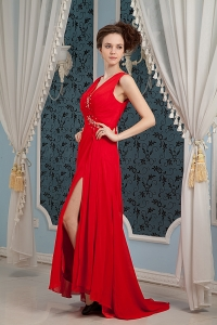 Red V-neck Prom Celebrity Dress Beading Train Slit