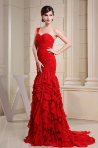 Ruffled Layers Red Prom Celebrity Dress Ruch Train