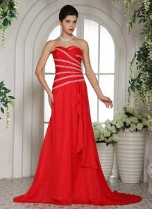 Red Sweetheart Celebrity Pageant Dresses Beaded Train