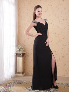 Black V-neck Prom Evening Dress Beaded Chiffon Ruch
