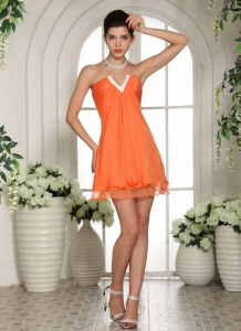 Orange V-neck Mini-length Dama Dresses for Quinceanera