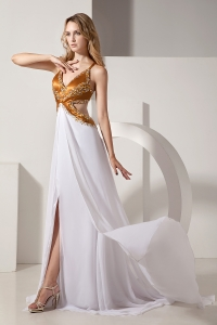 Brush Train Celebrity Evening Dress Beading White V-neck Slit