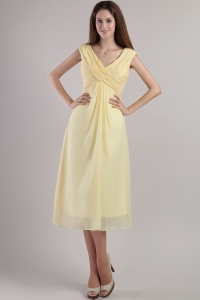 Light Yellow Ruching Dama Dress V-neck Tea-length Empire