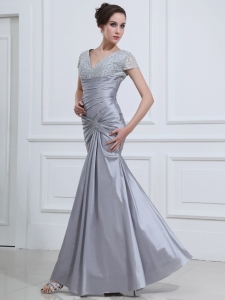 Short Sleeves V-neck Prom Dress Mermaid Beading Silver