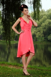 Coral Red V-neck Dama Dress Taffeta Beading Knee-length