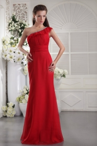 Beading Ruching Celebrity Evening Dress Red One Shoulder