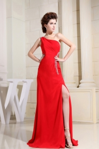 Red One Shoulder Prom / Evening Dress With Brush Train