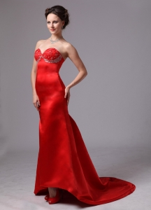 Red Appliques Sweetheart Pageant Dress With Brush Train