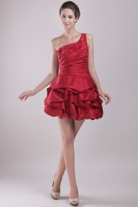 Red Mini-length One Shoulder Beaded Cocktail Dress