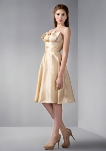 Champagne Prom Graduation Dress Knee-length Ruched