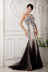 Champagne Mermaid Appllique Beaded Prom Evening Dress