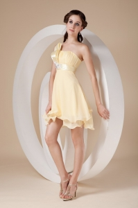 One Shoulder Light Yellow Mini-length Chiffon Prom Dresses
