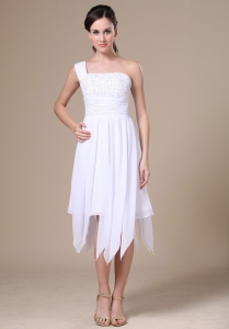 White One Shoulder Asymmetrical Applique Prom Dress