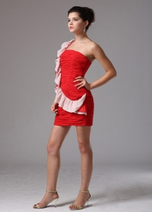 Red One Shoulder Ruched Prom Holiday Dresses