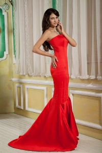 Red Mermaid Strapless Brush Train Satin Prom Evening Dress