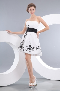 Strapless White Mini-length Taffeta Cocktail Homecoming Dress