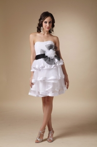 White Knee Length Prom Dress With Hand Made Flowers