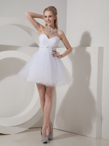 White Sweetheart A-line Mini-length Beading Prom Dress