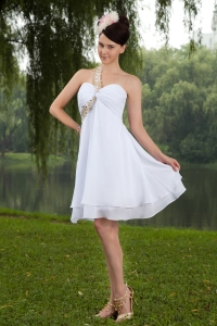 White One Shoulder Knee-length Beading Homecoming Dress