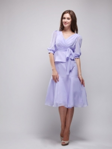 Lilac V-neck Knee-length Chiffon Ruch Prom Homecoming Dress