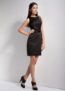 Column Bateau Little Black Graduation Dresses Elastic