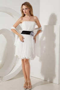 White Empire Holiday Graduation Dresses Strapless