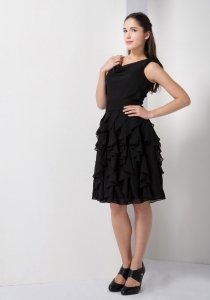V-neck Little Black Homecoming Dresses Chiffon Ruffles