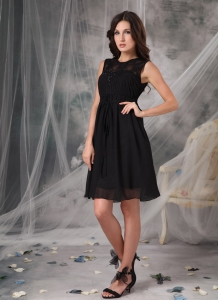 Black High-neck Little Black Dresses Knee-length Chiffon Lace Prom