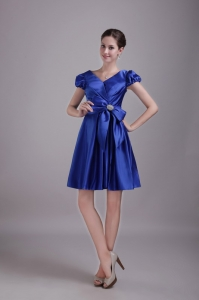 Blue Princess V-neck Graduation Cocktail Dress Beading