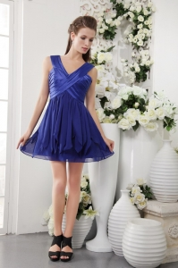 Blue V-neck Short Chiffon Pleat Homecoming Dress