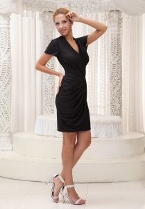 Short Sleeves Little Black/Homecoming Dress V-neck Black Mini