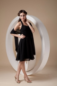 Halter Bridesmaid Dress Black Knee-length Chiffon Ruching