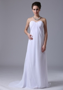 Sweetheart White Bridesmaid Dress Chiffon Ruched Floor-length