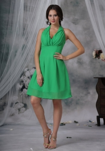 Bridesmaid Dress Green V-neck Halter Chiffon Knee-length