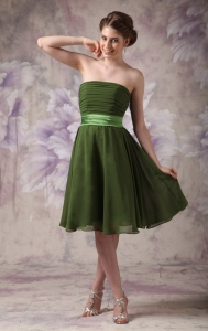 Olive Green Bridesmaid Dress Strapless Knee-length Chiffon Sash