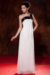 One Shoulder Prom/Maxi Dress Black and White Bow Empire
