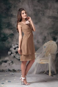Square Cap Sleeves Prom / Maxi Dress Brown Knee-length Chiffon