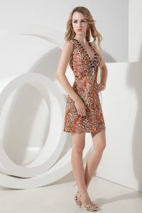 Deep V-neck Leopard Nightclub/Homecoming Dress Mini-length